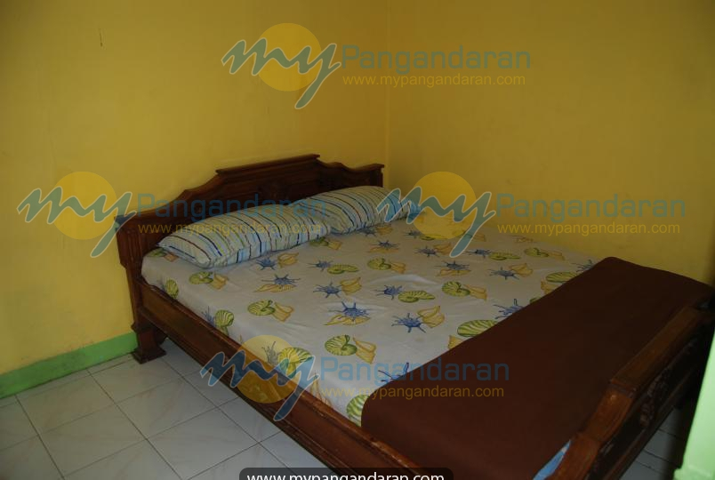 Kamar Tidur Bungalow A Pondok Wisata Bu Oom